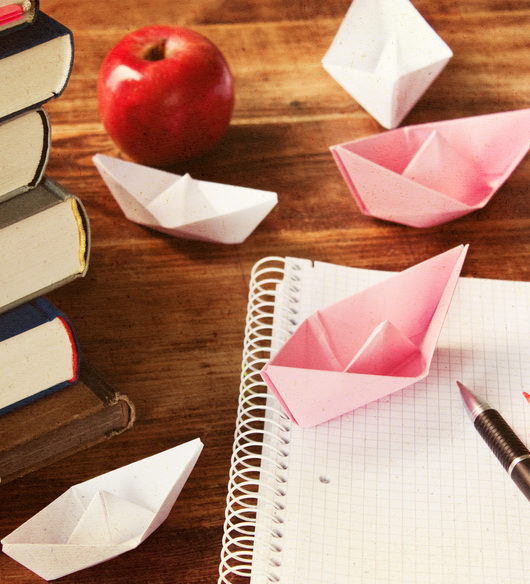 Dekorieren mit Papier-Schiffchen